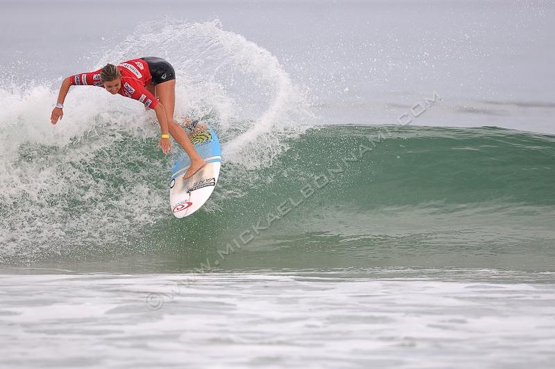 Swatch Girls Pro 2012 - Surf Action - Seignosse Les Bourdaines - Pauline Ado