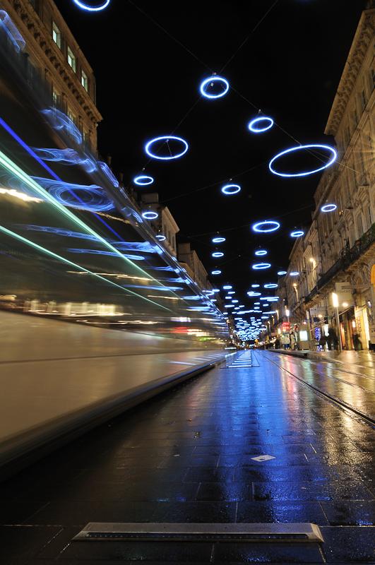Bordeaux - Nuit - Décorations de noël - Tramway