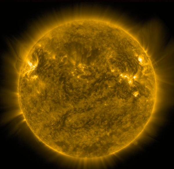 Eruptions du soleil - Aurores boréales