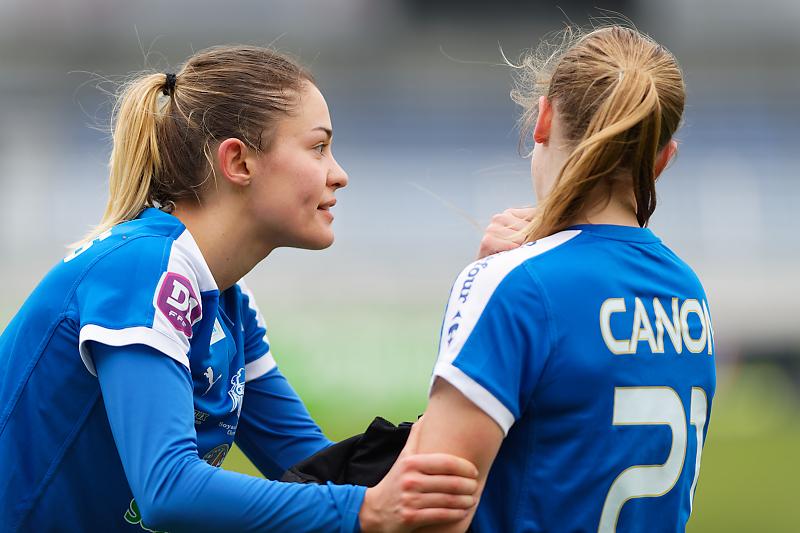 Soyaux-Marseille - Football - Championnat D1 Féminine - Justine Deschamps